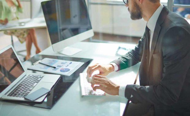 insurance broker using benefits administration technology