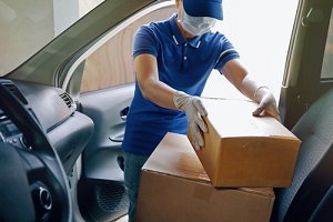 delivery services courier during the coronavirus